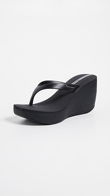 Ipanema Bolero Wedge Flip Flops