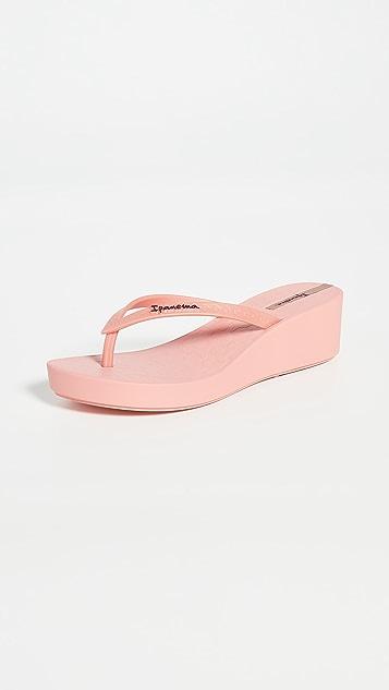 Ipanema Daisy 夹趾凉鞋