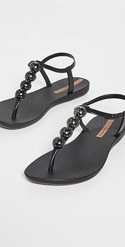 Ipanema - Pearl II T Strap Sandals