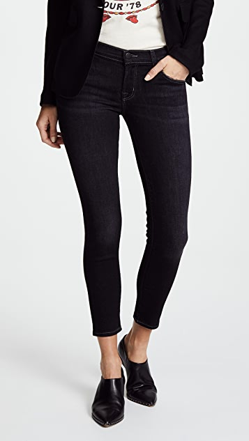 J Brand 9326 Low Rise Crop Skinny Jeans