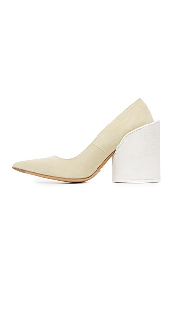 Jacquemus Saintes Pumps