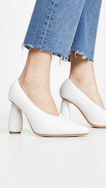 Jacquemus Les Chaussures Jacques Pumps