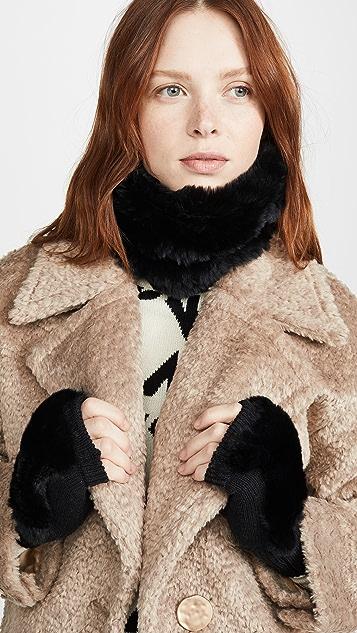 Jocelyn 染色獭兔毛垂褶领和手套套装