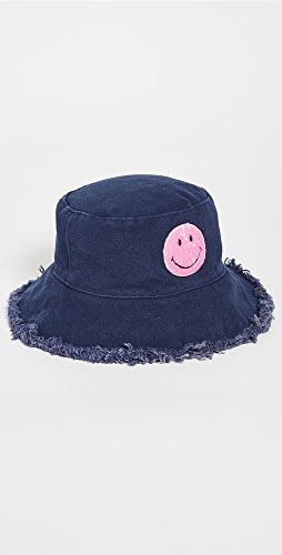 Jocelyn - Cotton Canvas Bucket Hat with Frayed Edges & Patch
