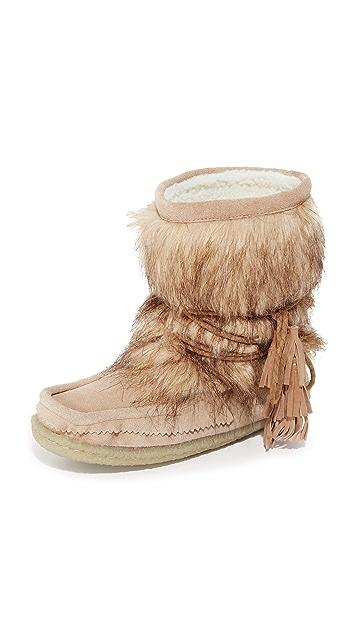 Joie Alabama Eskimo Booties