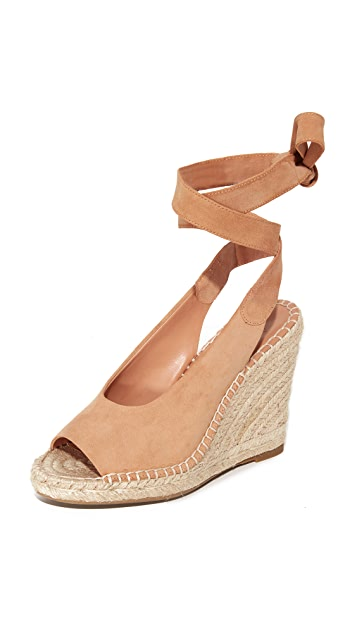 Joie Kael Wedges