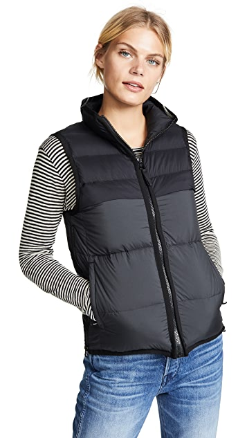 James Perse Puffer Vest
