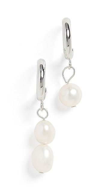 Jules Smith 不对称珍珠吊坠贴耳耳环