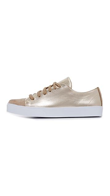 KAANAS Salinas Sneakers