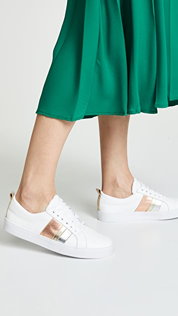 KAANAS Bristol Lace Up Sneakers
