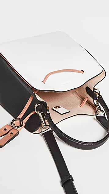 Kate Spade New York Объемная маленькая сумка-ведро