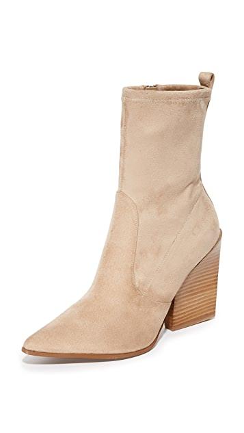 2f17eb6ac7e3 KENDALL + KYLIE Felicia Booties