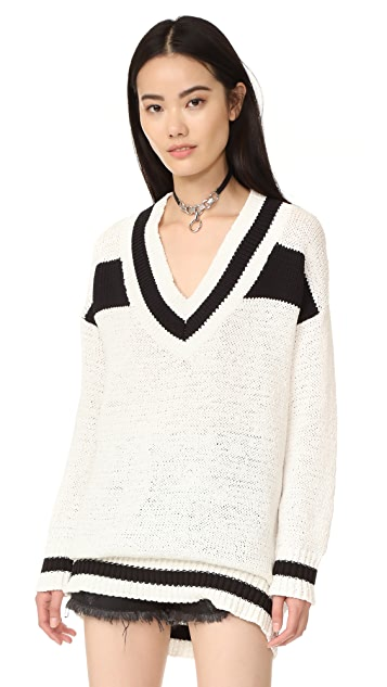 KENDALL + KYLIE V Neck Rugby Sweater
