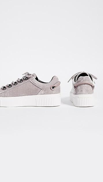 KENDALL + KYLIE Rae Velvet Platform Sneakers