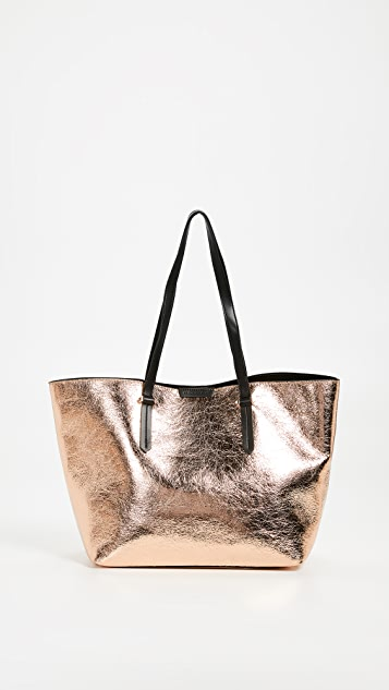 85a91c499bf22 Izzy Tote
