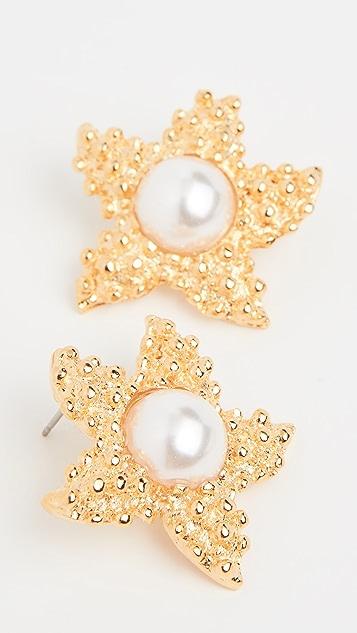 Kenneth Jay Lane Золотые серьги-гвоздики с жемчугом в виде морских звезд