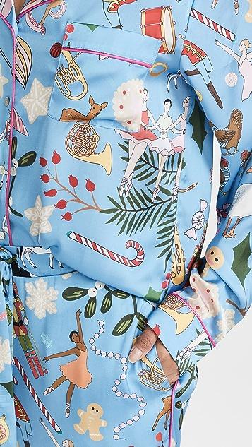 Karen Mabon 12 Days of Christmas Long Pajama Set