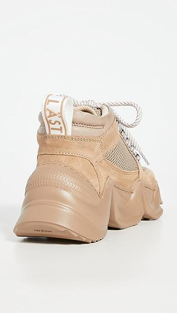 LAST Track Sneakers