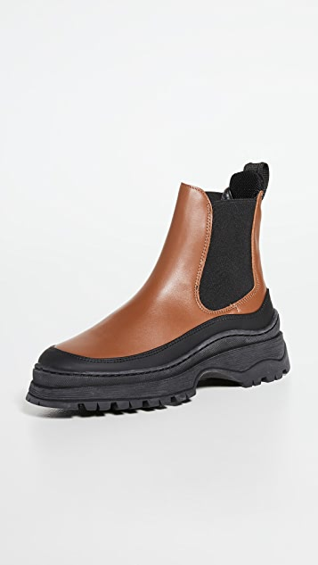 LAST Trail Chelsea Boots
