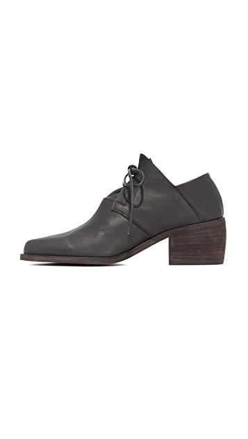 LD Tuttle The Vault Leather Oxford Booties