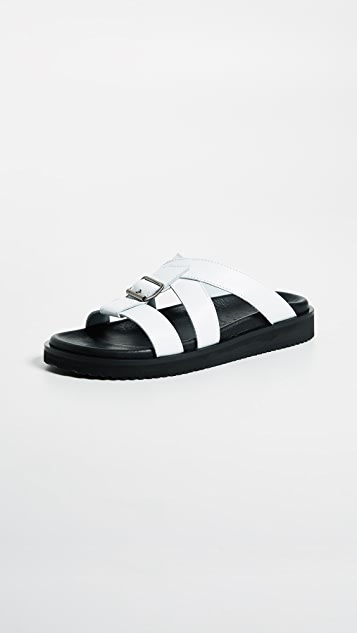LD Tuttle The Unit Sandals