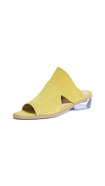 LD Tuttle The Stare Block Heel Sandals