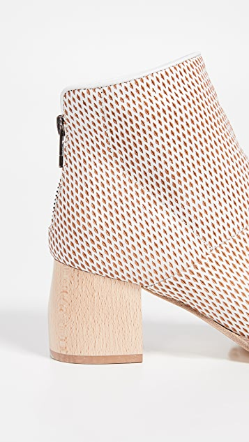 LD Tuttle The Loop Booties