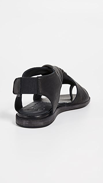 LD Tuttle The Tumble Toe Ring Sandals