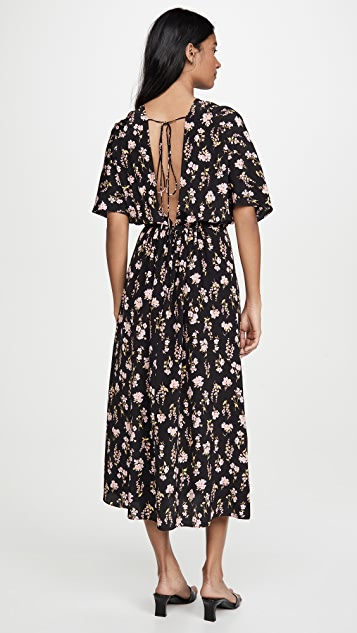 LES REVERIES Circular Sleeve V-Back Dress