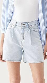 Levi's 裥褶短裤