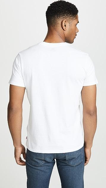Levi's Sportswear Logo Graphic Tee