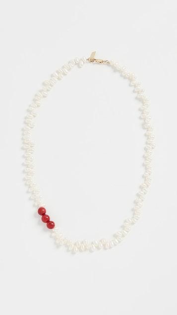 Loren Stewart 珊瑚和梨子项链