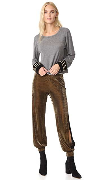 Loyd/Ford Sweatshirt Pilot