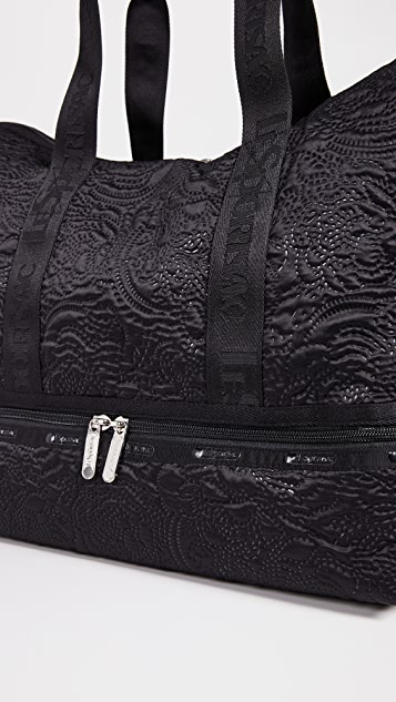 LeSportsac Dakota Medium Deluxe Weekender