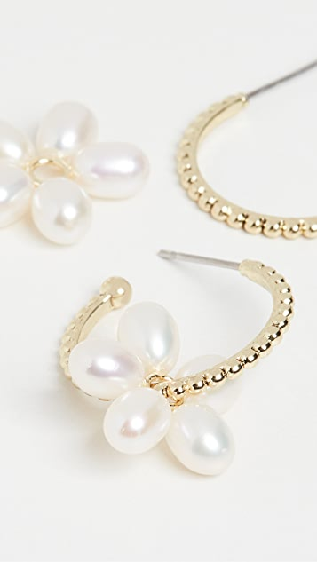 Luv Aj 珍珠金色圈式耳环