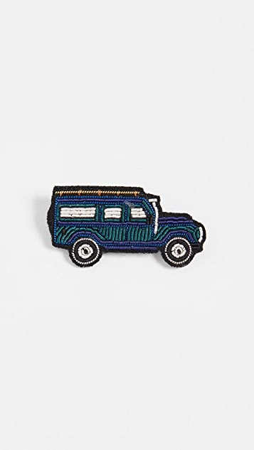 Macon & Lesquoy Station Wagon Pin