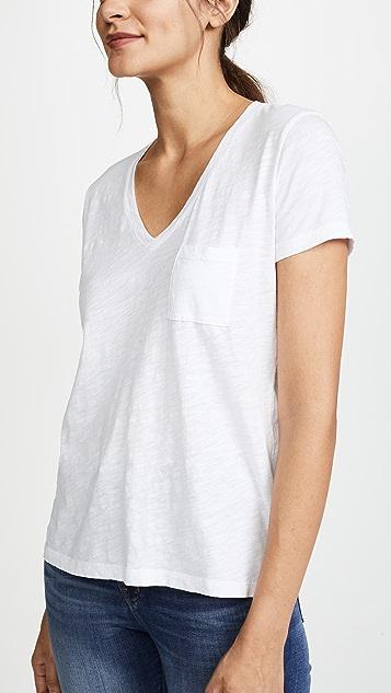 Madewell Хлопковая футболка Whisper с V-образным вырезом и карманом