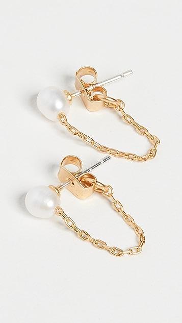 Madewell Серьги-гвоздики с цепочкой и пресноводным жемчугом