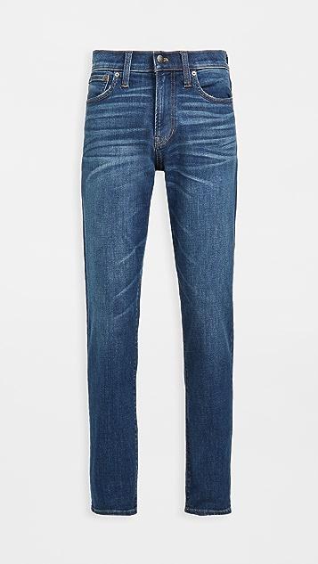 Madewell Athletic Slim Jeans In Leeward