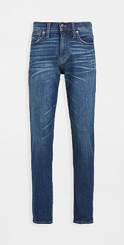 Madewell - Athletic Slim Jeans In Leeward