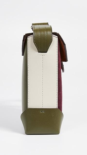 MANU Atelier Яркая сумка на ремне из комбинированного материала