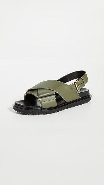Marni Кожаные сандалии с перекрещенными ремешками