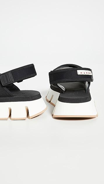Marni 厚底运动鞋底交叉绑带凉鞋