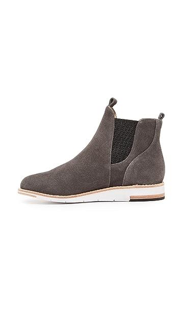 Matt Bernson Infinity Chelsea Sneakers