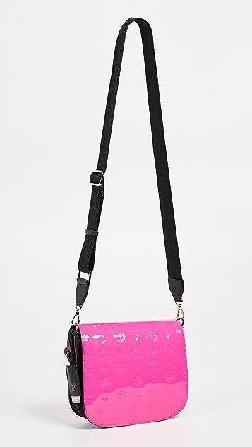 MCM Маленькая сумка на ремне Patricia с монограммами