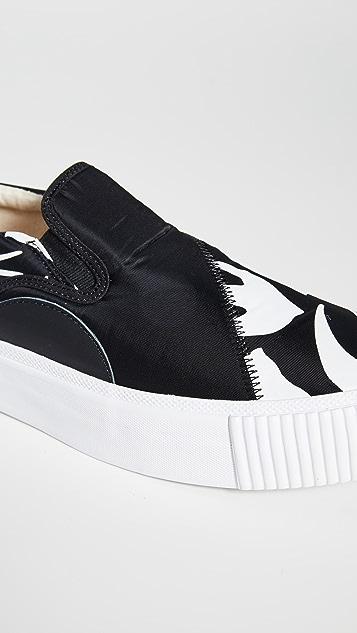McQ - Alexander McQueen Plimsoll Swallow Slip On Sneakers