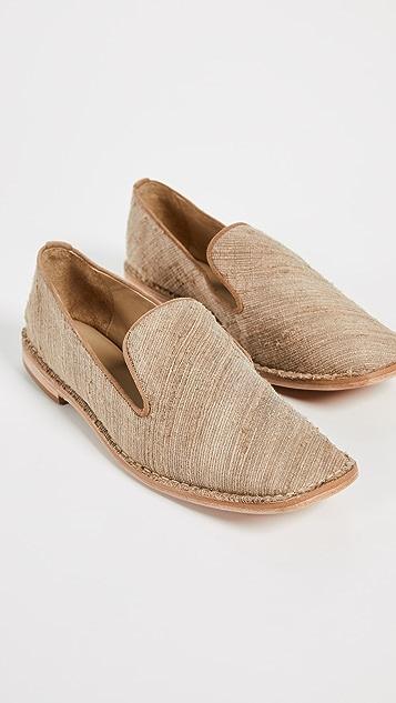 Mari Giudicelli Claire 平跟船鞋