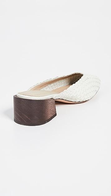 Mari Giudicelli Leblon 梭织穆勒鞋