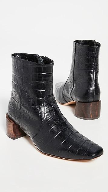 Mari Giudicelli Classic Boots
