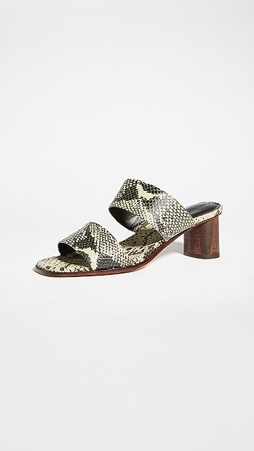 Mari Giudicelli Nova Asami 凉拖鞋